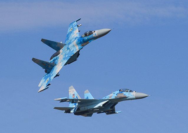 Su-27 fighter jet