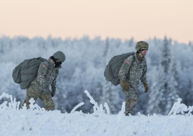 Soldati americani durante addestramento.