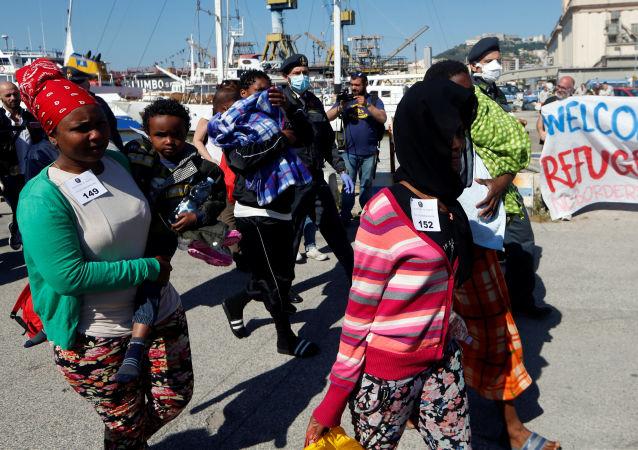 Migranti a Napoli