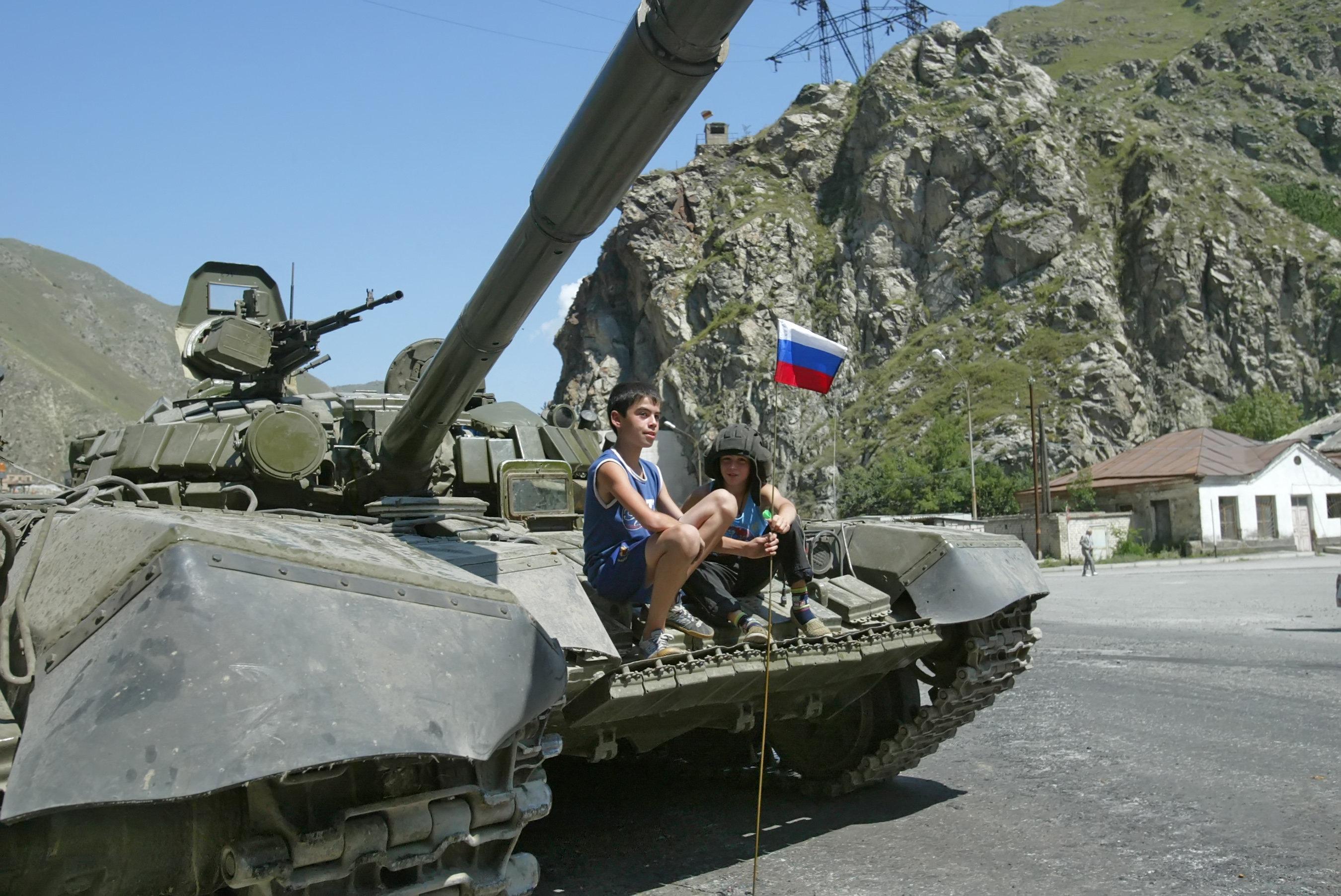 Un carro armato russo a Tskhinvali