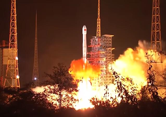 Lancio del rover lunare Chang'e-4