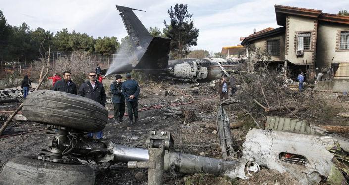 Il luogo dello schianto del Boeing 707 in Iran