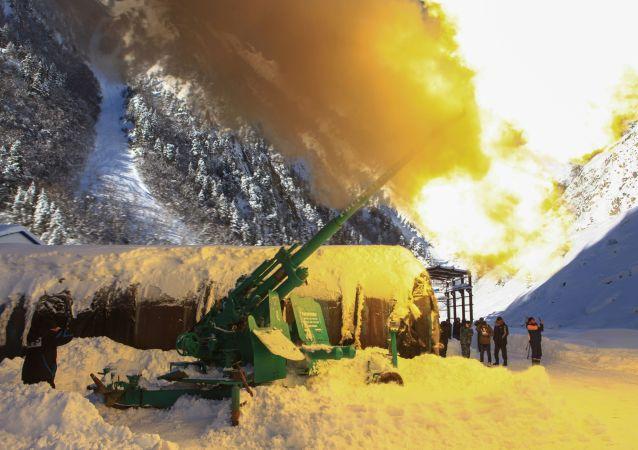 In caso di neve ci vuole un cannone