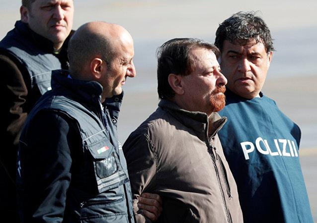 Cesare Battisti arriva a Roma