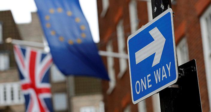 Bandiere UE e Regno Unito