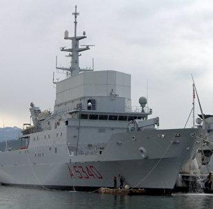 La nave da ricognizione della Marina militare italiana Elettra