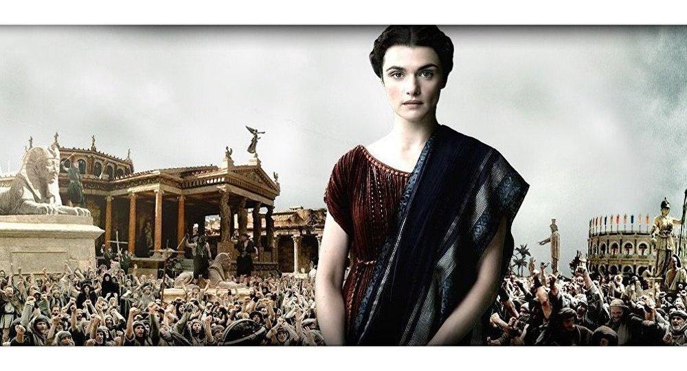 Ipazia, interpretata da Rachel Weisz nel fim Agora