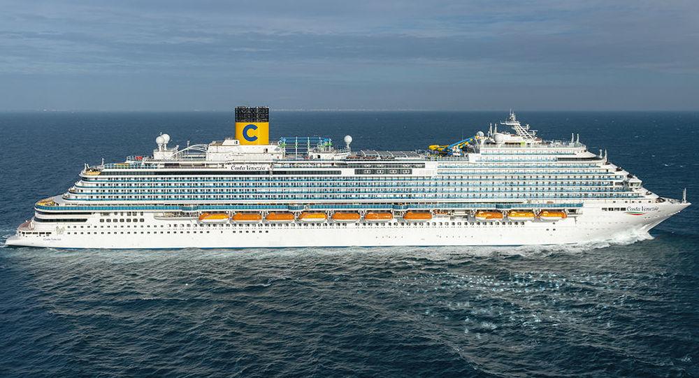 Arriva costa venezia prima nave costa crociere per for Costa neoriviera piano nave
