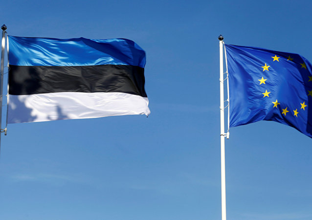 Bandiere di Estonia e UE