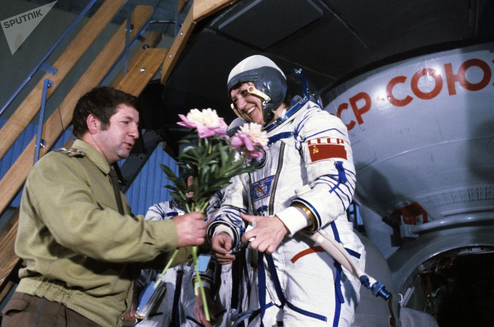 La pilota spaziale, due volte Eroe dell'Unione Sovietica, Svetlana Savitskaya.