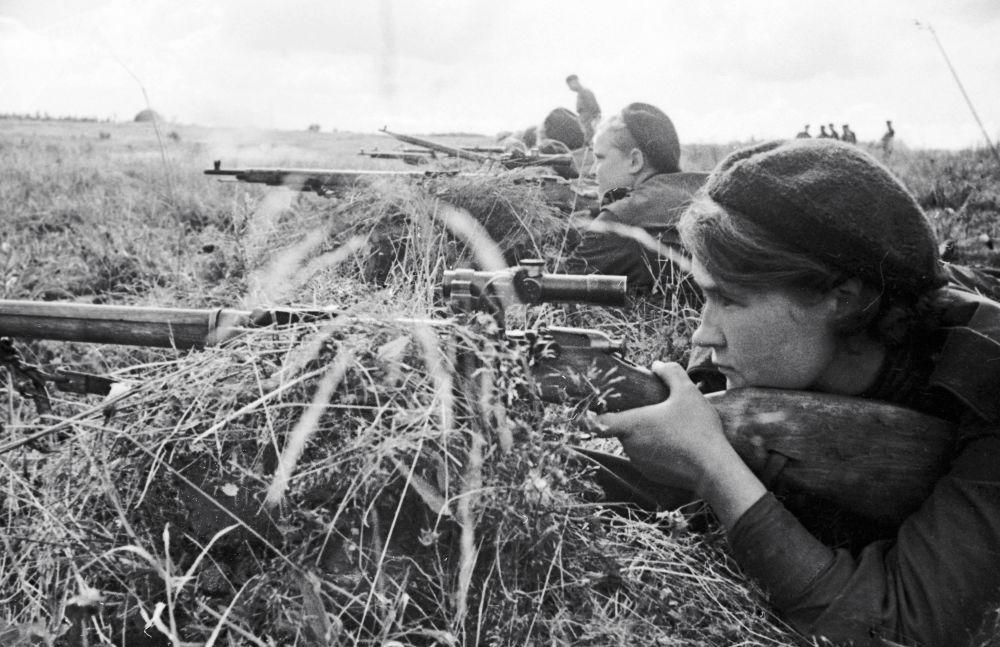 La cecchina Lyuba Makarova negli anni della Seconda guerra mondiale.