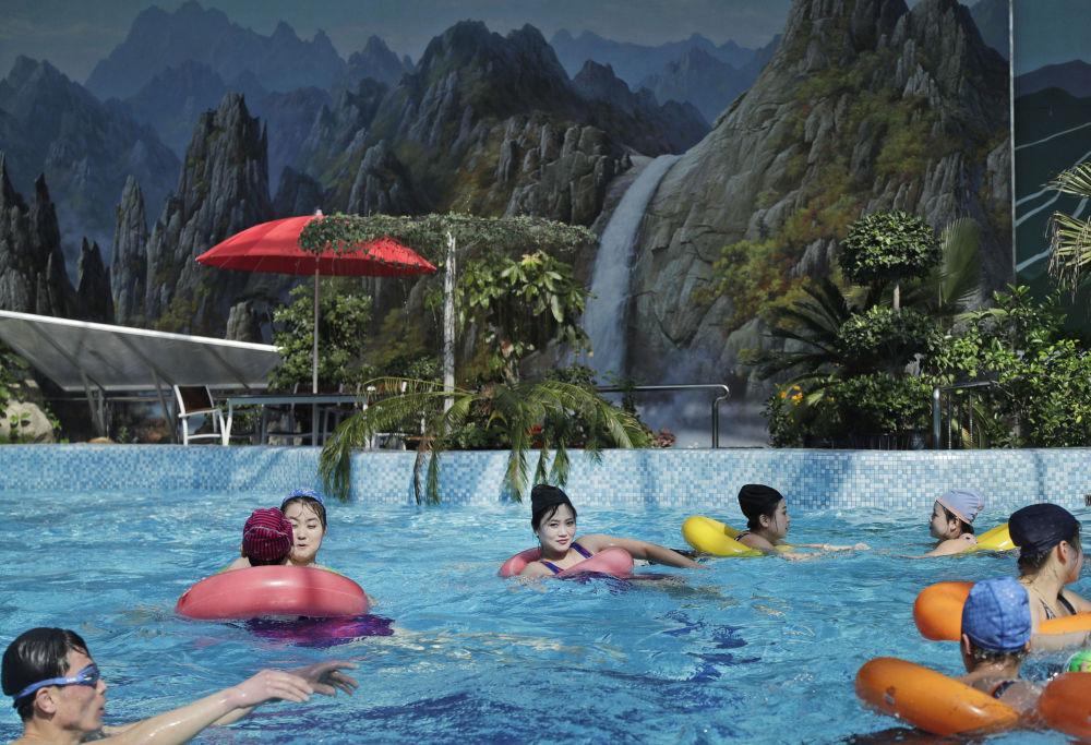 Una piscina di Pyongyang