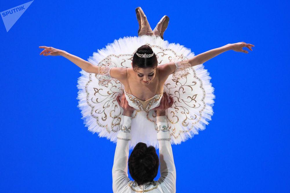 Il concorso dei giovani ballerini Il balletto russo  a Mosca.