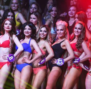 Le partecipanti al concorso Miss International Mini 2019 a Mosca