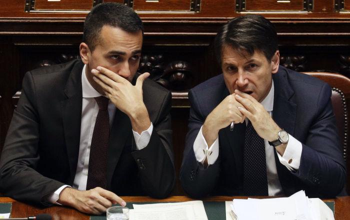 Luigi Di Maio e Giuseppe Conte (foto d'archivio)