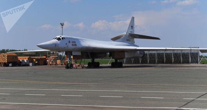 Il bombardiere Tu-22M3M