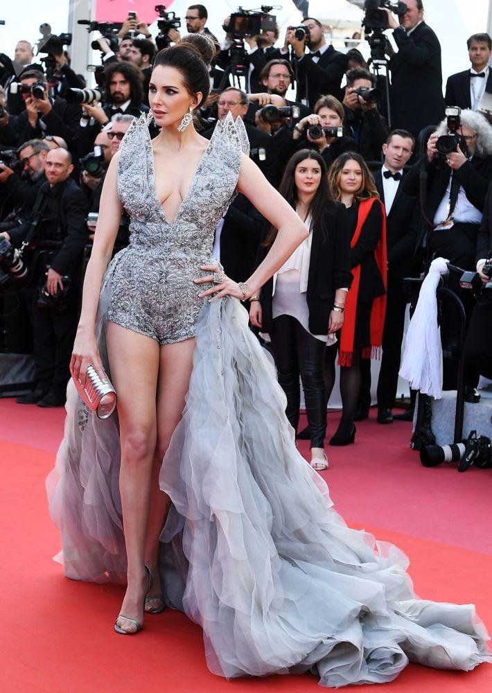 L'attrice francese Frédérique Bel.