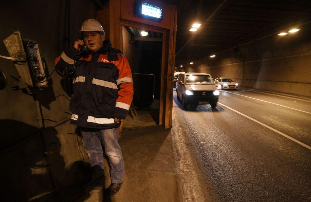 Il tunnel stradale Lefortovskiy di Mosca