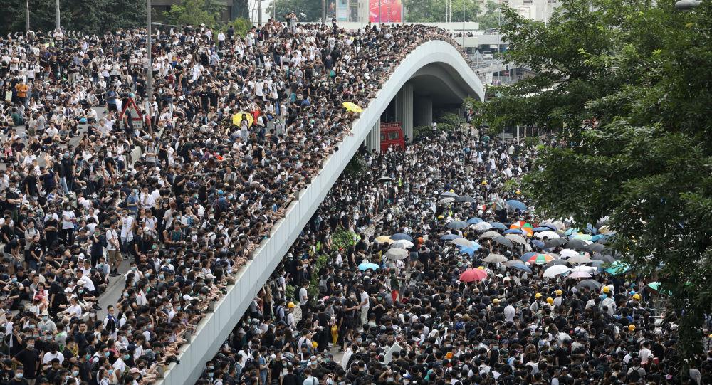 Risultati immagini per hong kong protesta