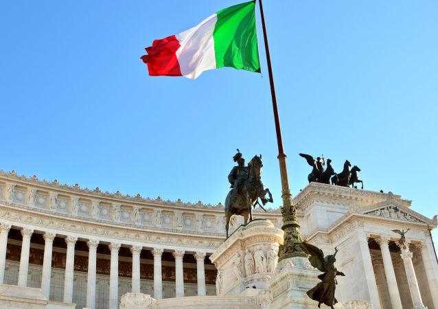 Vediamo se riusciamo a coinvolgere più partiti possibili – ha aggiunto il premier italiano