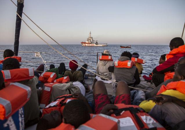 Migranti (foto d'archivio)