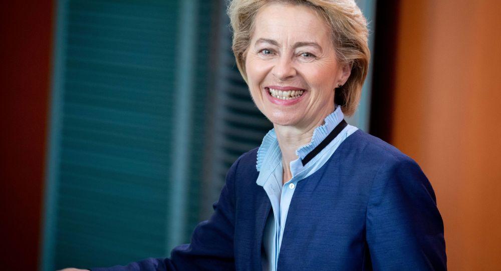 Ursula Von der Leyen alla prova dell'aula
