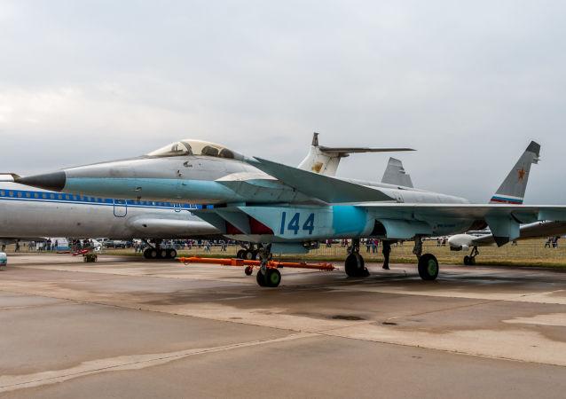 MiG - 1.44
