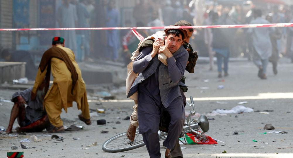Afghanistan: almeno 20 morti esplosione camion-bomba a Qalat