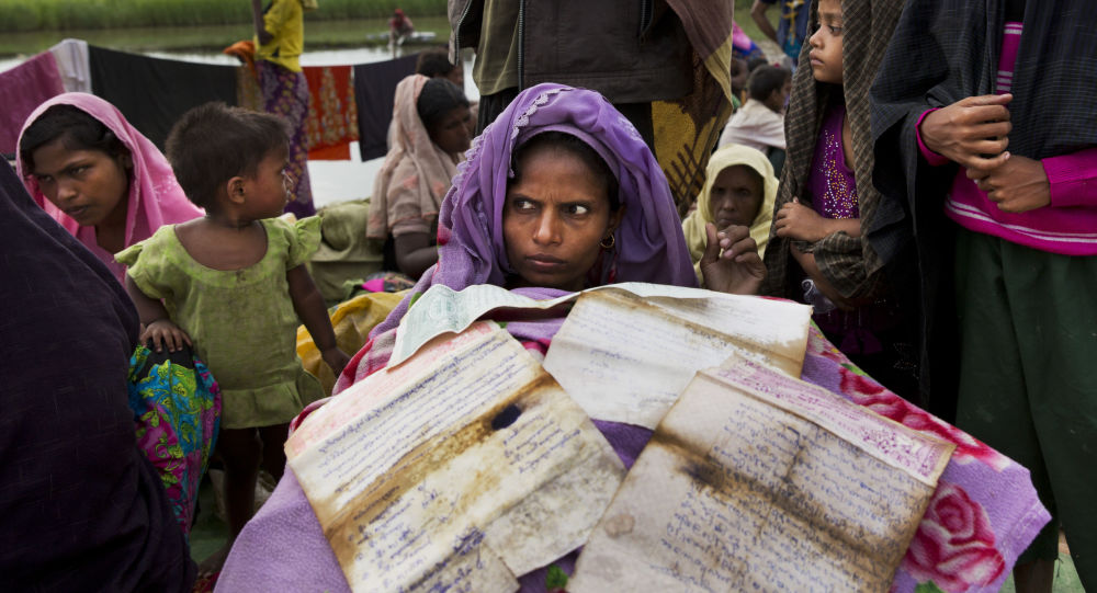 Bangladesh, sentenza storica per le donne, via