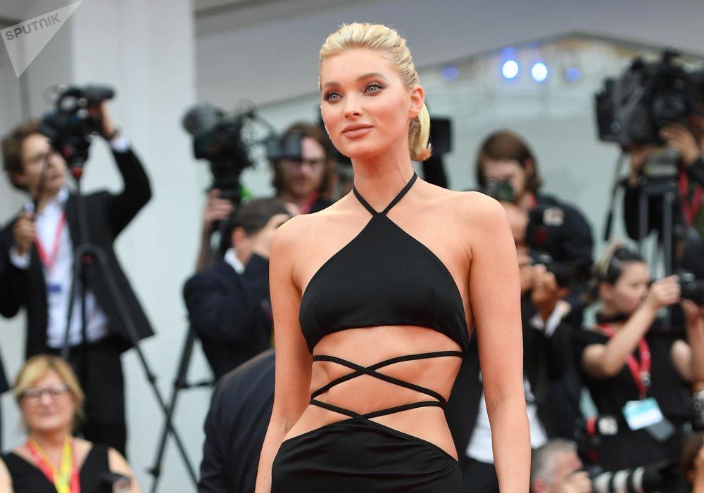 La modella svedese Elsa Hosk.
