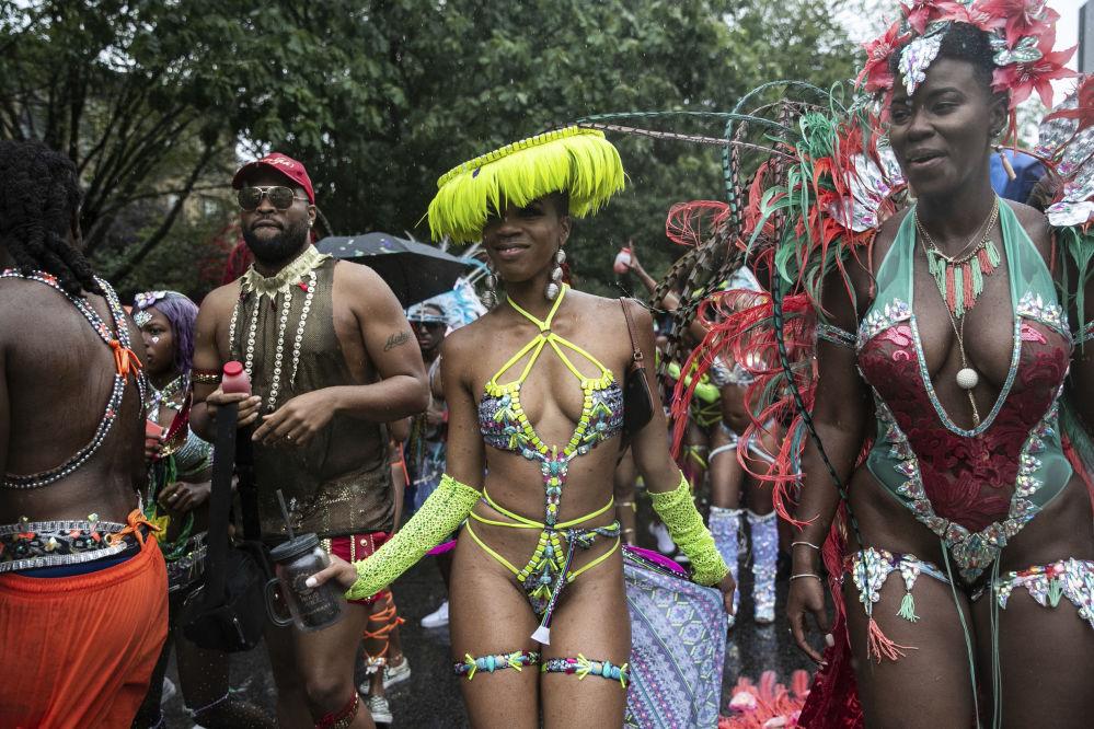 La parata per la Giornata degli indo-americani orientali a New York.
