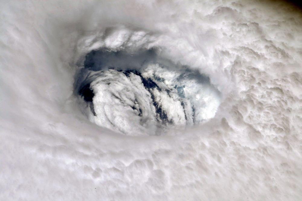 L'uragano Dorian fotografato dall'astronauta Nick Hague a bordo dell'ISS.