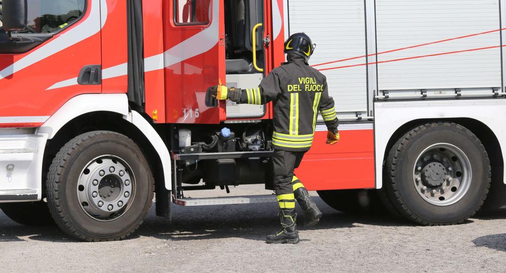 Vigile del fuoco italiano