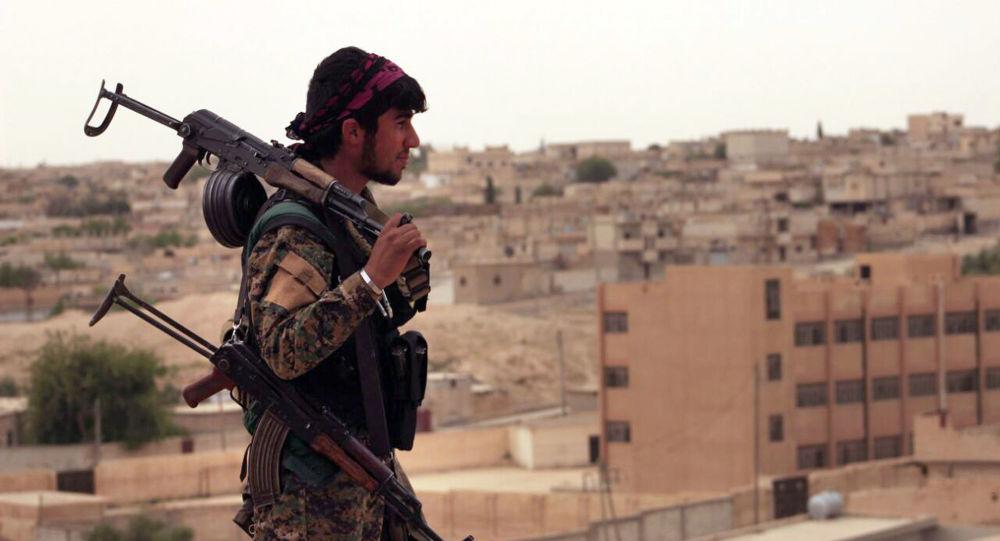 Militante delle SDF