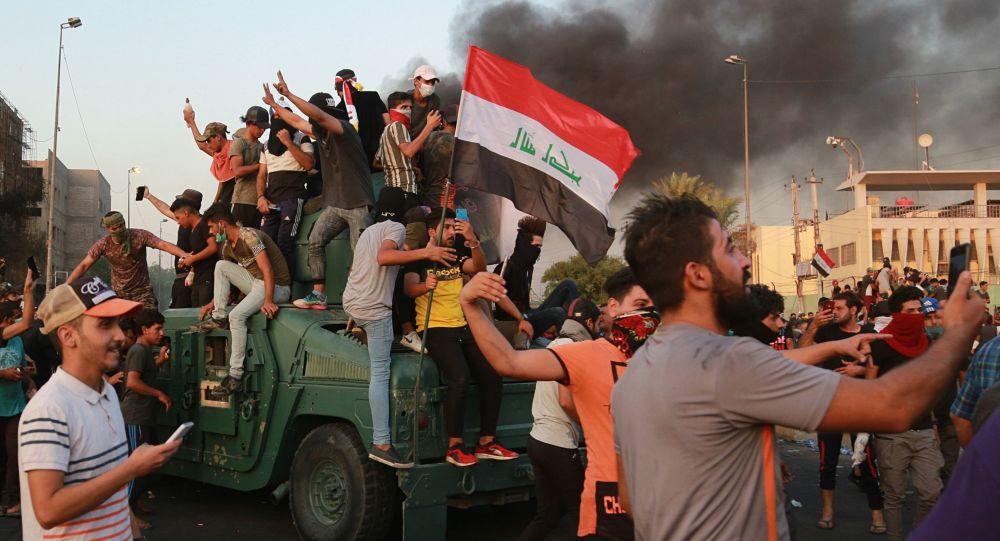 Proseguono le proteste e gli scontri a Bagdad, Iraq
