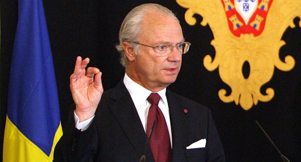Re Carlo XVI Gustavo di Svezia (foto d'archivio)