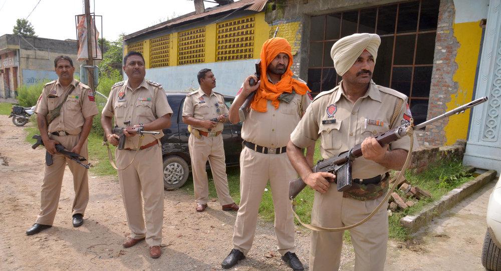 La polizia indiana a Punjab, India.