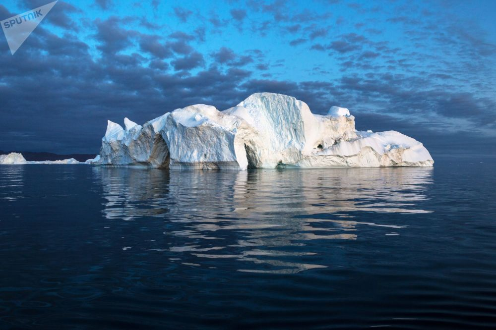 Un iceberg nelle acque della Groenlandia