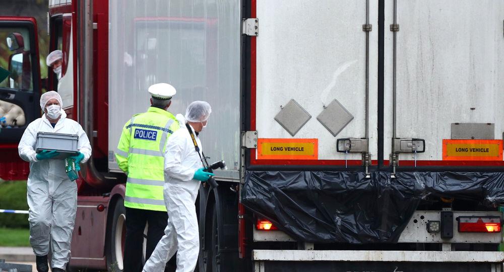 Camion con 39 cadaveri ad Essex