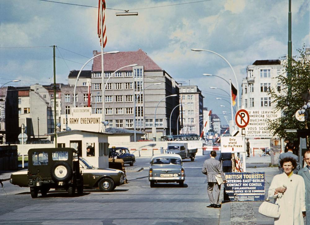 Giugno 1968, il famoso checkpoint Charlie.