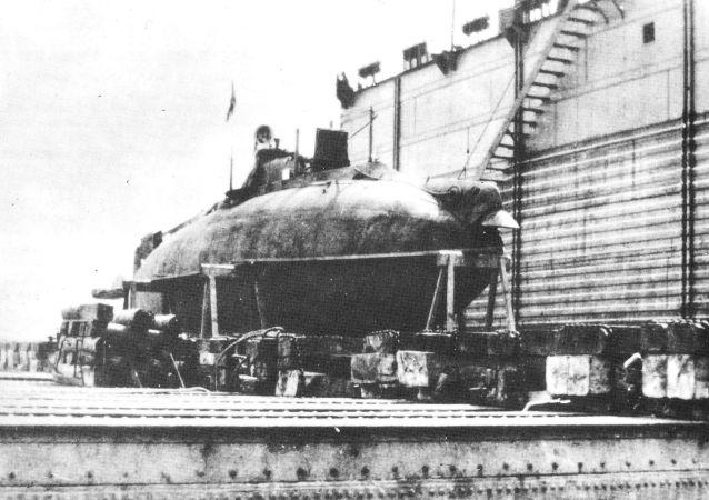 Il sottomarino Som