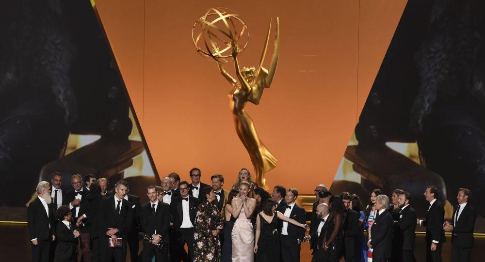 Il cast e gli operatori di Game Of Thrones al 71esimo Primetime Emmy Awards