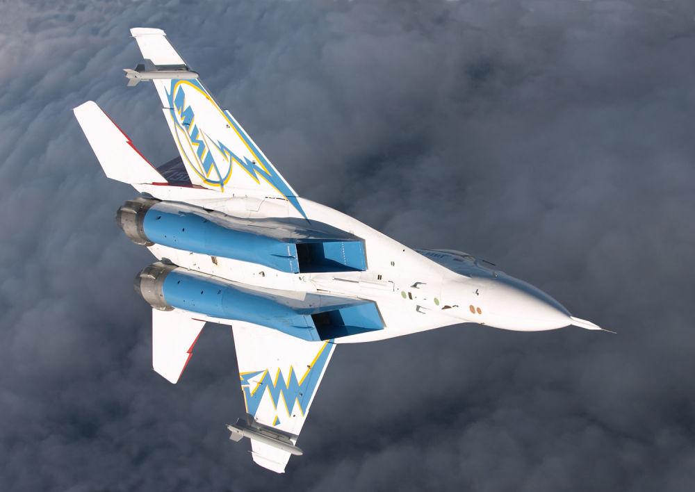 Il caccia-bombardiere da superiorità aerea russo MiG-29OVT