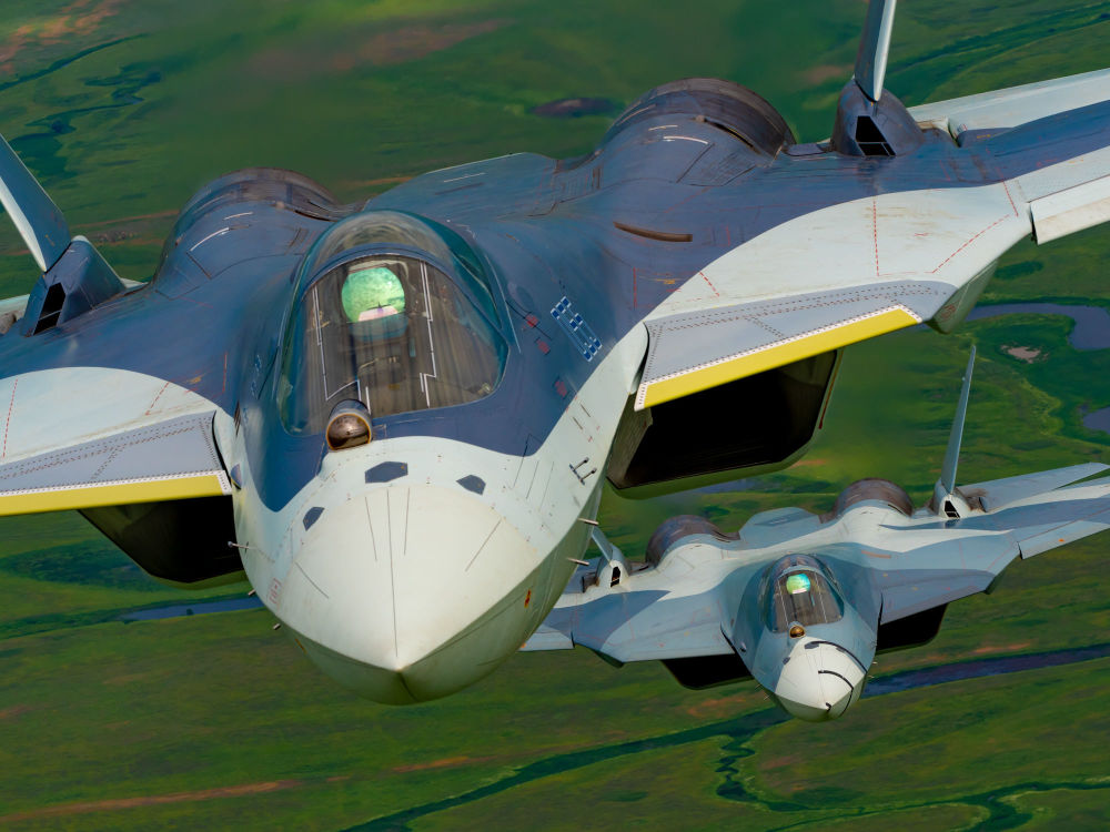 Il Sukhoi Su-57 è un prototipo di caccia multiruolo monoposto di 5ª generazione con caratteristiche stealth sviluppato da Sukhoi per l'aeronautica militare russa