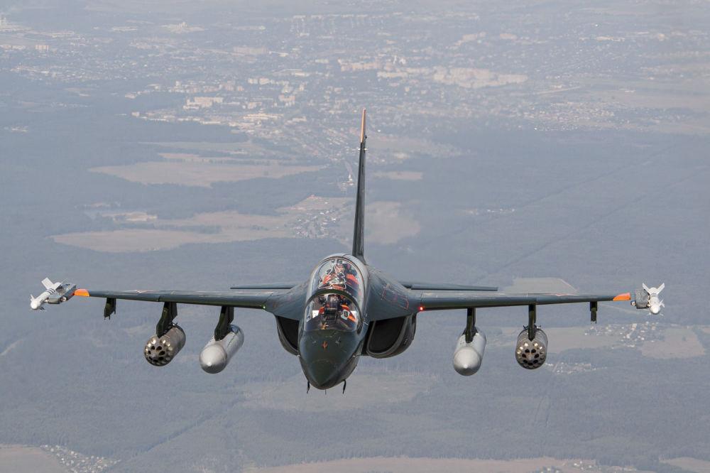 Lo Yak-130 è un addestratore avanzato biposto di quarta generazione