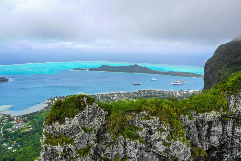 Vista sull'isola di Bora Bora dal Monte Otemanu