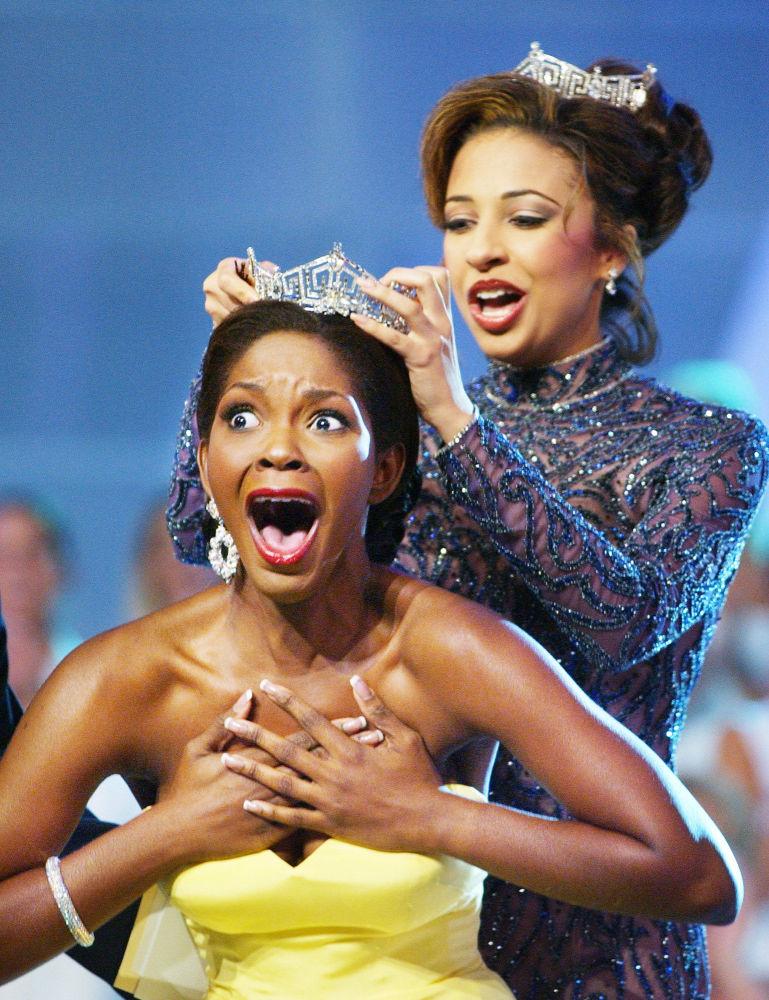 Miss America 2004 Ericka Dunlap dopo aver vinto un concorso di bellezza