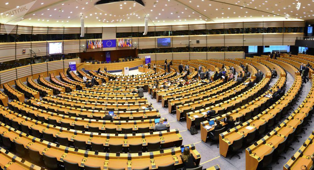 Brexit, accordo con Ue in vigore da domani