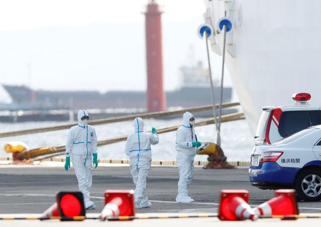 Il trasferimento dei passeggeri infetti dalla nave da crociera Diamond Princess, Yokohama