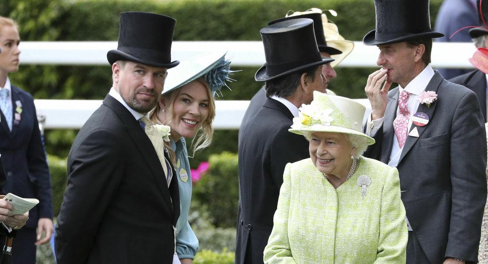 Peter Phillips: il nipote della Regina Elisabetta si separa dalla moglie Autumn